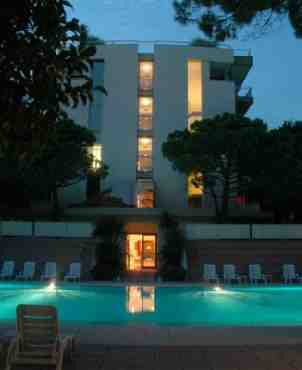 Art Park Hotel Union Lido Cavallino Hotel In Italien Jetzt 30
