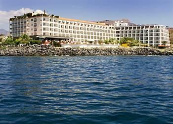 Prenotazione hilton giardini naxos a giardini naxos hotel italia offerte speciali - Hotel giardini naxos 3 stelle ...