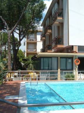 Astra Hotel Diano Marina, Hotel Italy  Limited Time Offer!