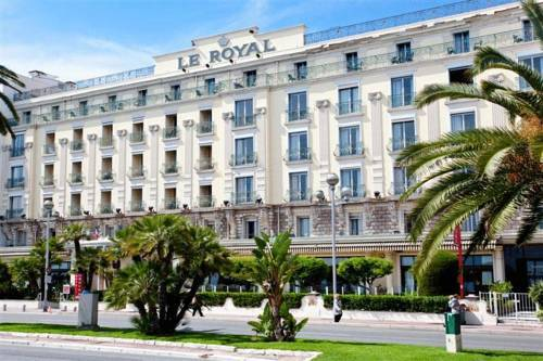 Hotel royal promenade des anglais hotel nice france for Prix des hotels