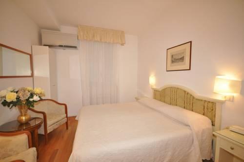 Hotel casa petrarca hotel venice italie prix for Appart hotel venise