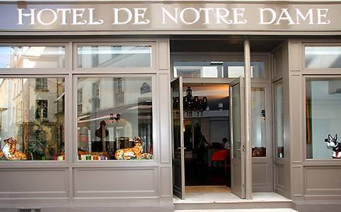 Hotel de notre dame hotel paris france prix for Prix hotel en france