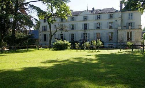H tellerie nouvelle de villemartin hotel morigny for Prix des hotels en france