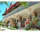 Villa Leonora Beach Resort