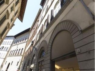 Soggiorno Rondinelli Florence, Hotel Italy. Limited Time Offer!