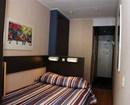 Acro Hotel
