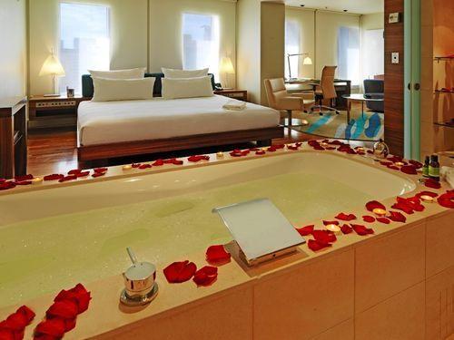hilton hotel sydney sydney hotel australia limited time. Black Bedroom Furniture Sets. Home Design Ideas
