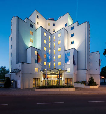 Nh Berlin Treptow Berlin Hotel In Deutschland Jetzt 30 Gunstiger