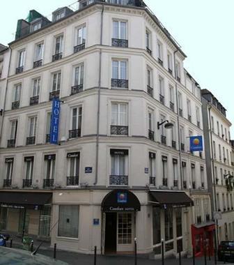 Comfort hotel montmartre place du tertre hotel paris for Prix hotel france