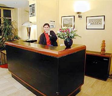 h tel de lille hotel paris france prix r servation. Black Bedroom Furniture Sets. Home Design Ideas