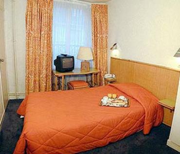 H tel de lille hotel paris null prix r servation for Prix hotel moins cher