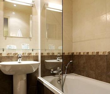 H tel elys es flaubert hotel paris null prix for Reservation hotel paris pas cher