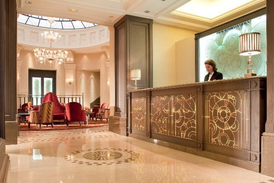 Chateau frontenac paris hotel france limited time offer for Chateau hotel paris