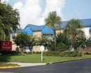 Econo Lodge Inn & Suites International Dr