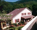 Woodlands Inn of Sapphire Bed & Breakfast