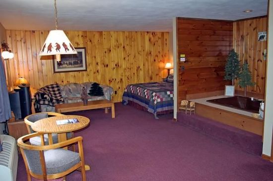 Ny 13420 Adirondack Lodge Old Forge Hotel Null Limited Time Offer