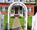 1830 Shire Town Inn