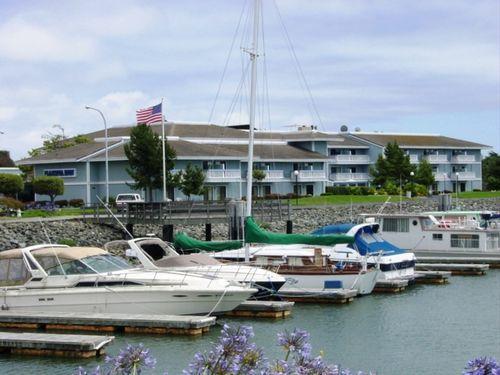 San Leandro Marina Inn