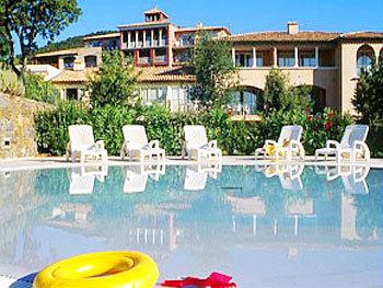 Pierre vacances le hameau des issambres hotel saint for Les prix des hotel