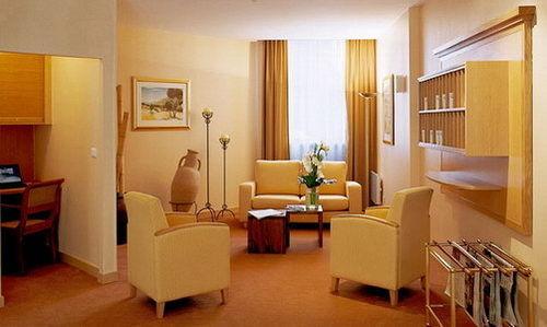 Citadines apart 39 hotel lyon part dieu hotel lyon null for Aparthotel lyon