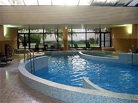 Ibis paris berthier porte de clichy paris hotel france limited time offer - Porte de clichy restaurant ...