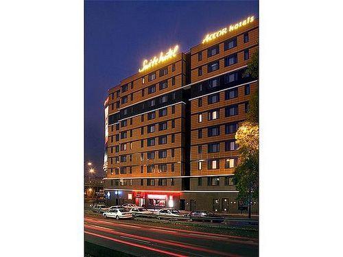 Suite novotel paris porte de la chapelle paris hotel france limited time offer - Porte de la chapelle five ...