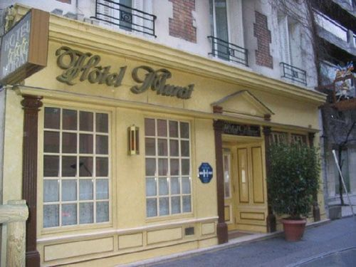 Murat hotel paris france prix r servation moins cher for Reservation hotel paris pas cher