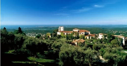 Chateau saint martin spa hotel vence france prix for Reservation hotel france moin cher