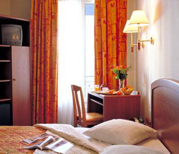 Charlemagne hotel hotel paris france prix r servation for Prix hotel moins cher