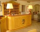 Le Ville Del Lido Suite Residence