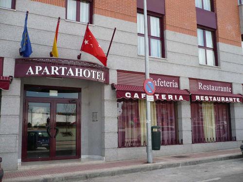 aparthotel villa de parla madrid hotel spain limited