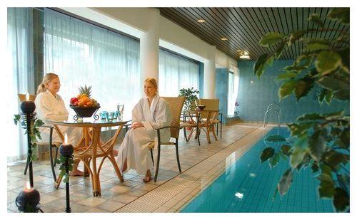 hotell med basseng