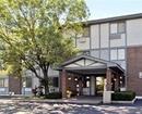 Super 8 Motel Mundelein Libertyville Area