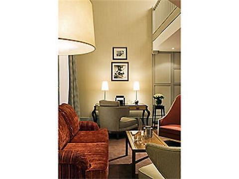 Hotel scribe paris hotel paris france prix for Prix hotel france