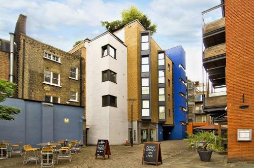 London Let Serviced Apartments London  Hotel England