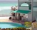 Rainbow Beach Hotel