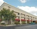 La Quinta Inn & Suites Brunswick Hotel