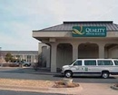Quality Inn And Suites Moline Hotel