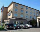 Holiday Inn Express Suites Northgate Hotel