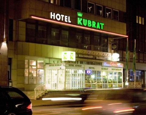 Hotel Kubrat Am Checkpoint Charlie Berlin Hotel In Deutschland