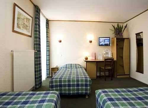 h tel restaurant campanile dijon centre gare hotel dijon france prix r servation moins cher. Black Bedroom Furniture Sets. Home Design Ideas