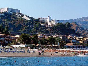 Hotel Antares Le Terrazze, Sant\'Antonino - Hotel in Italien. Jetzt ...
