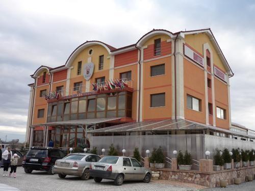 Transit Oradea Hotel Réservation Prix Oradea Roumanie EqAwxBEdr