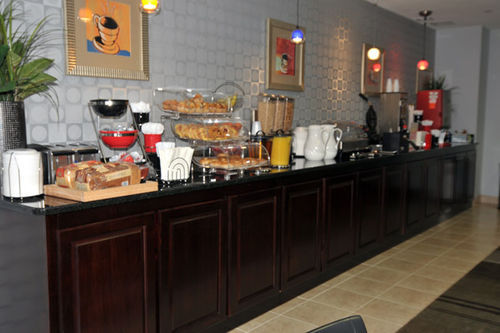 Horn Lake (MS) United States  City pictures : ... Inn & Suites Horn Lake, Hotel United States. Limited Time Offer