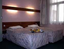 H tel carr vieux port hotel marseille france prix r servation moins cher avis photos vid os - Hotel a marseille vieux port pas cher ...