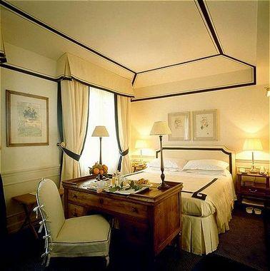 Hotel lungarno hotel florence italie prix r servation for Prix hotel moins cher