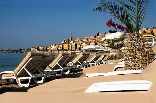 Hotel napol on hotel menton france prix r servation for Prix hotel en france