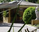 Central Bardon Guest Lodges