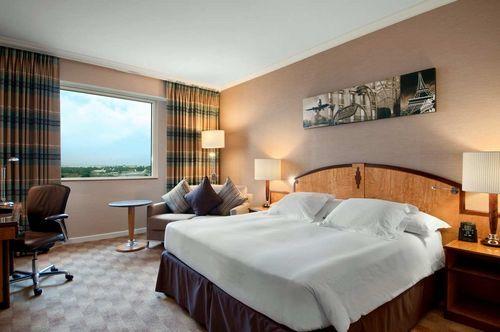 hilton paris charles de gaulle airport hotel roissy en france france prix r servation moins. Black Bedroom Furniture Sets. Home Design Ideas