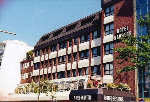 Hotel senator hamburg hotel hamburg null prix for Prix hotel moins cher